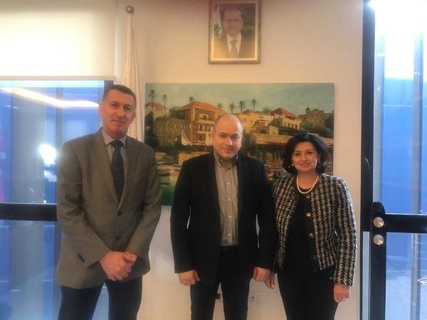 توقيع اتفاقية تعاون بين بلدية جبيل وجمعية «إنسان للبيئة والتنمية»